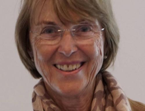 Gisela Weinreich wird mit derLilienthal-Medaille ausgezeichnet